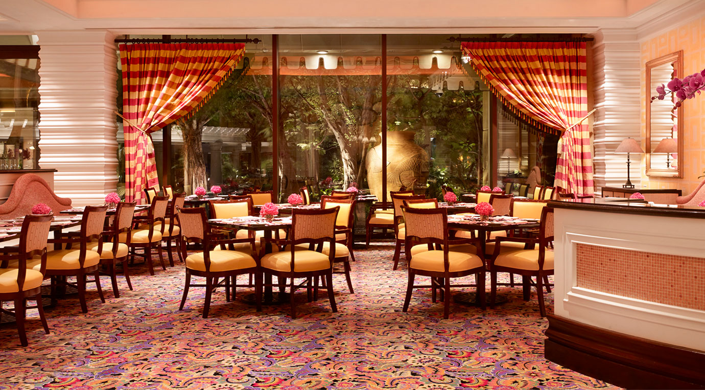 Fine casual dining restaurants bars lounges wynn for Informal dining